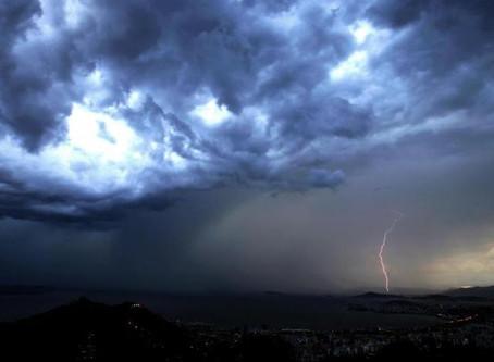 Previsão é de temporais nas próximas duas horas no Planalto Sul e Litoral Sul de SC