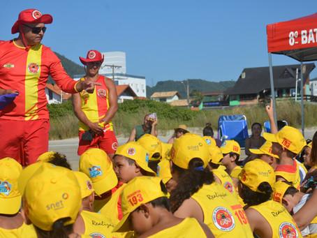 112 crianças participam do Projeto Golfinho em Itapirubá Norte