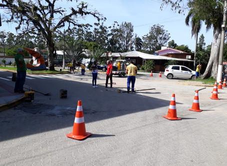 Departamento de trânsito implanta nova sinalização no Portinho da Vila