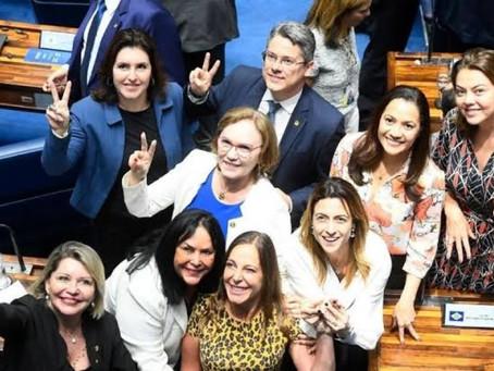 Senado aprova PEC que torna feminicídio e estupro crimes imprescritíveis