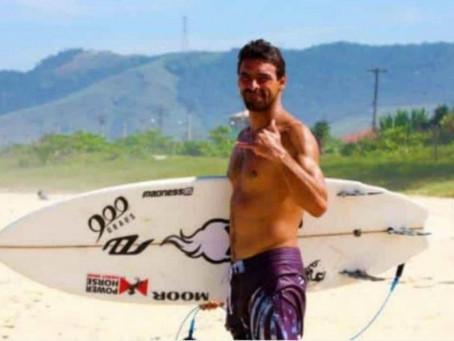 Bicampeão brasileiro, surfista Léo Neves morre durante competição no Rio