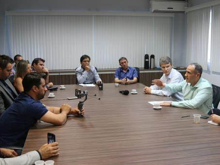 Cattalini mantém suspensa a implantação de tanques de granéis líquidos em Imbituba