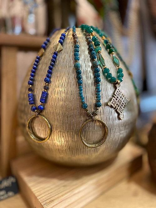 Collier pierres semi-précieuses et bronze