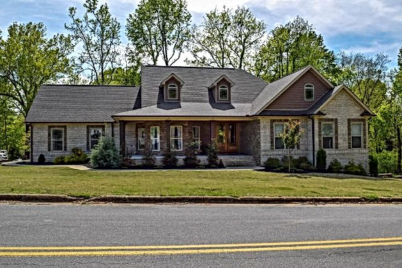 208 Indian Springs Drive, Florence,