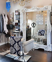 Styling-room-extensions-of-yourself-hair-extension-salon