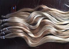 Long-natural-wavy-hair