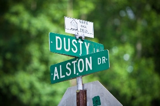 Dusty & Alston