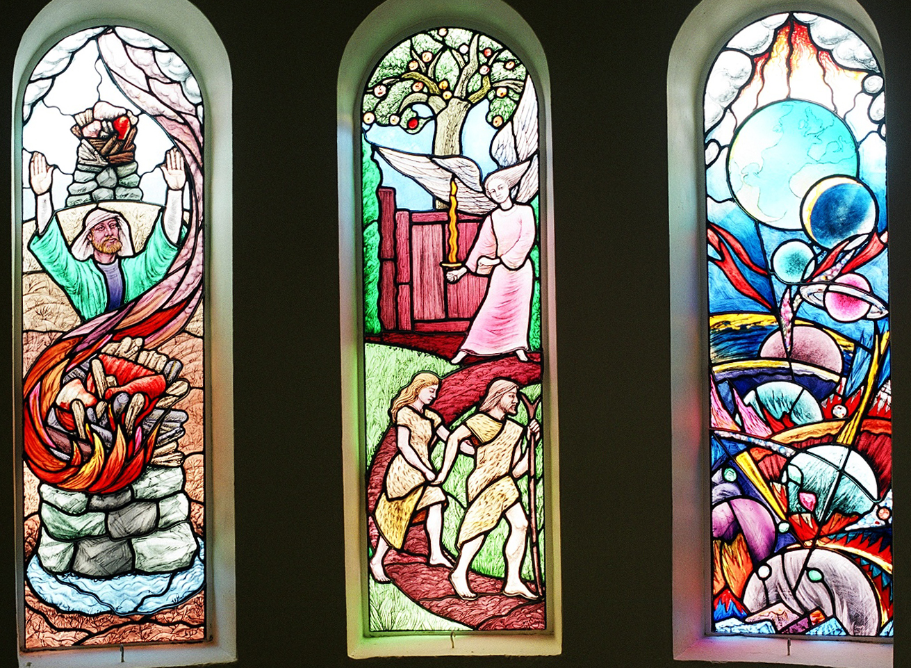St. T's stained glass 009