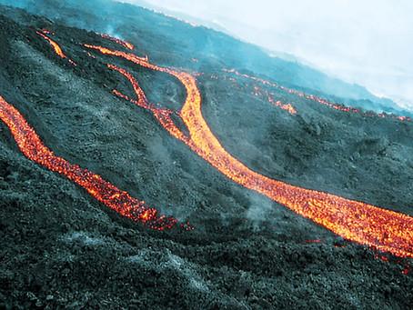 Wanderung durch die Lavafelder!