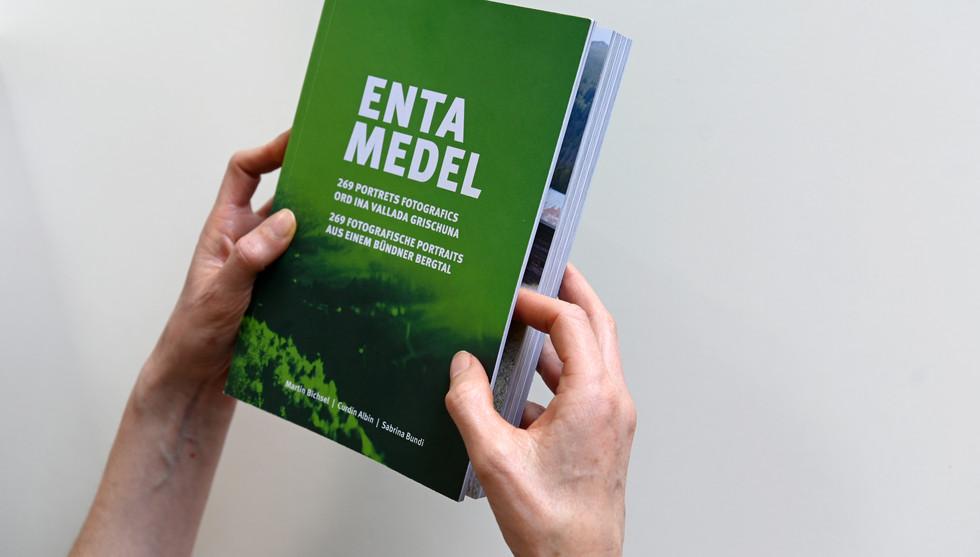 Buch ENTA MEDEL - Titelseite