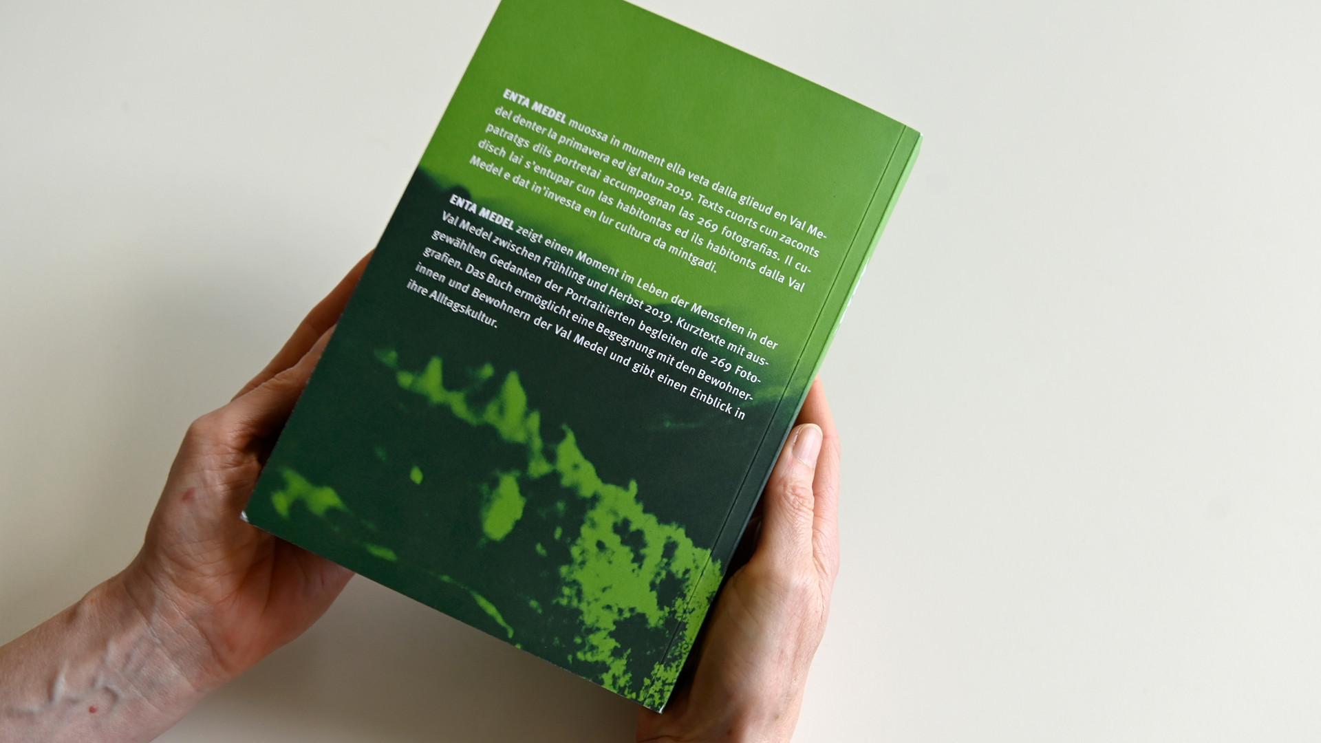 Buch ENTA MEDEL - Rückseite