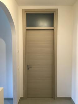 Porta interna con sopraluce