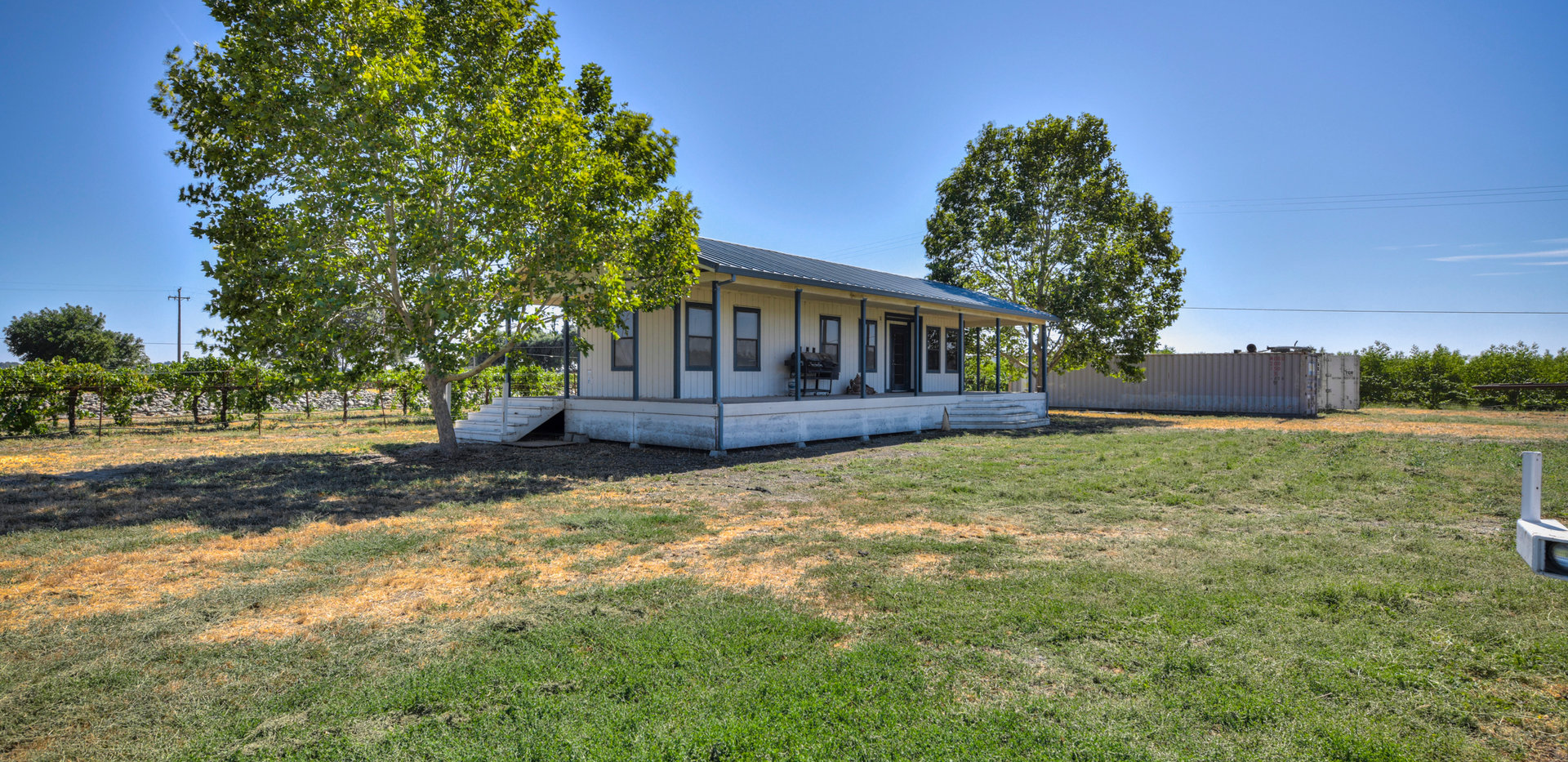 52360 Willow Point Rd_3.jpg