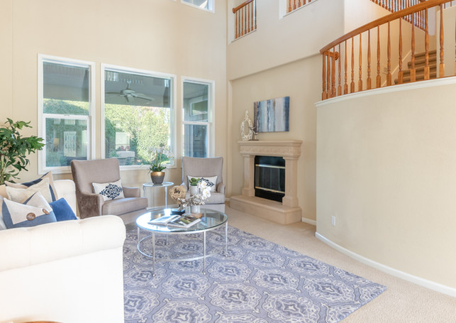 131 Gage ct-Front Room 02.jpg