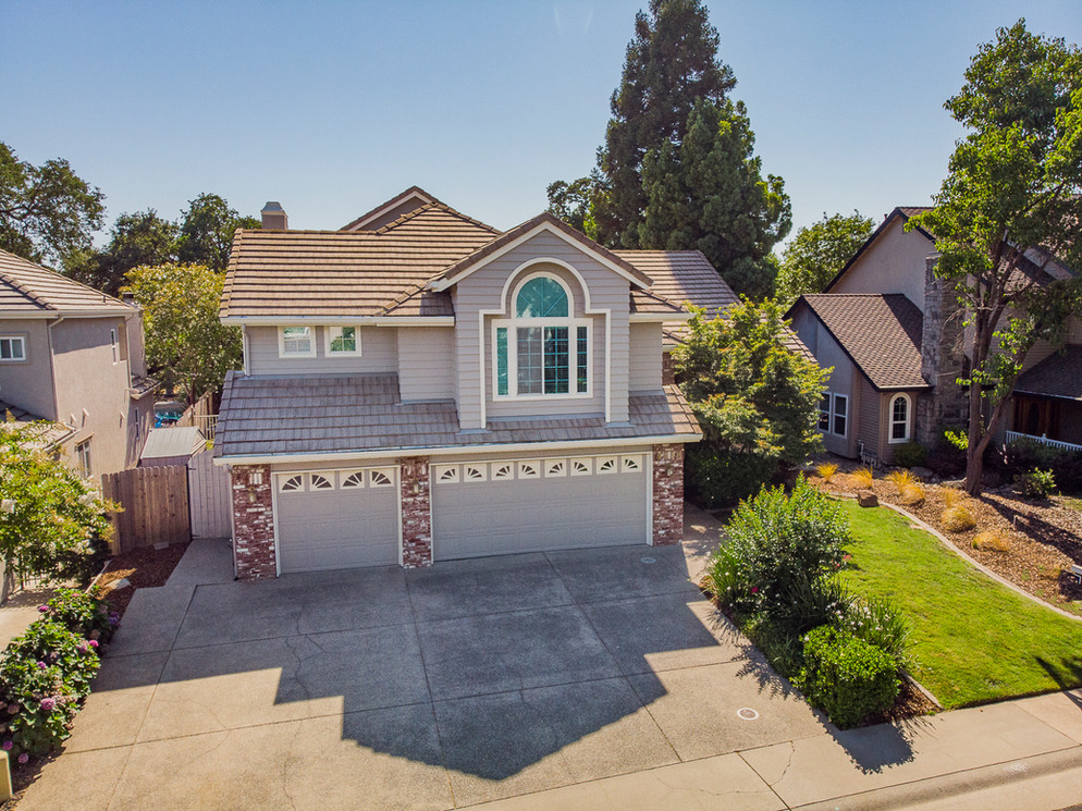 1555 Misty Wood Dr, Roseville, CA 95747
