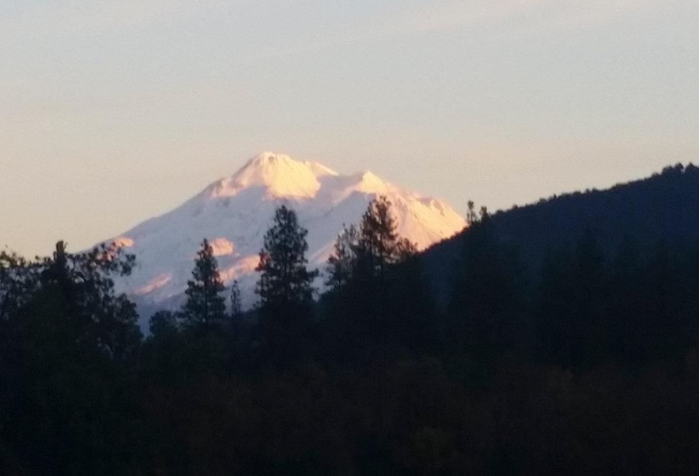 Yreka - Mount Shasta 1.jpg
