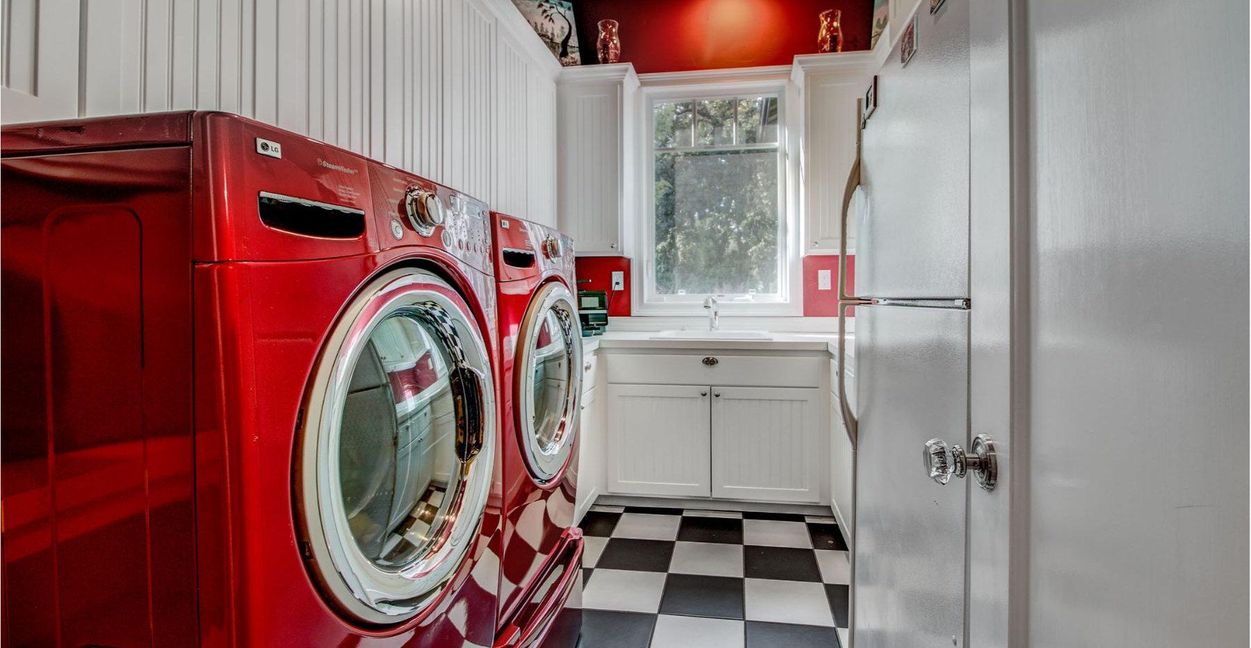 31 Laundry.jpg