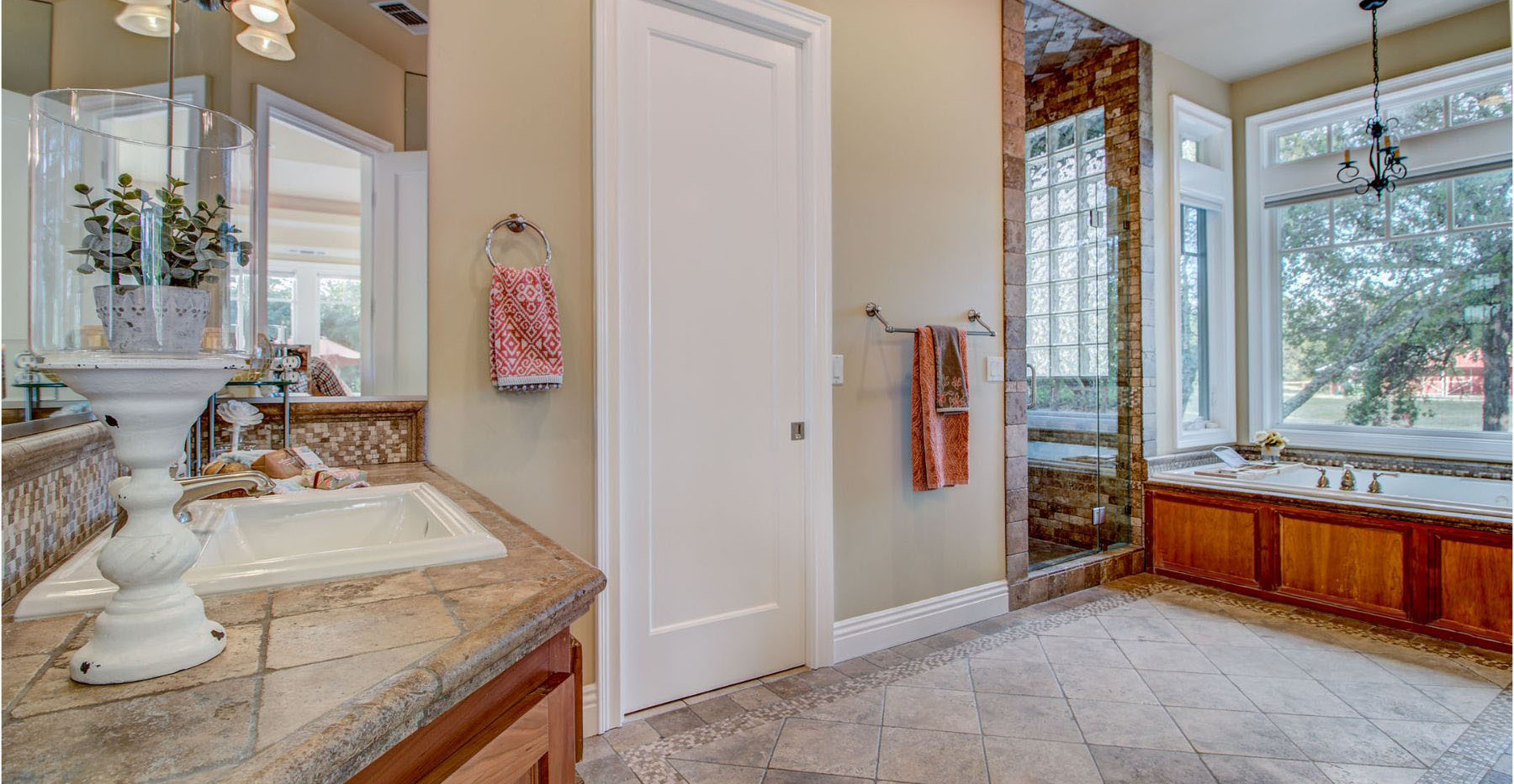 42 Master Bathroom1.jpg