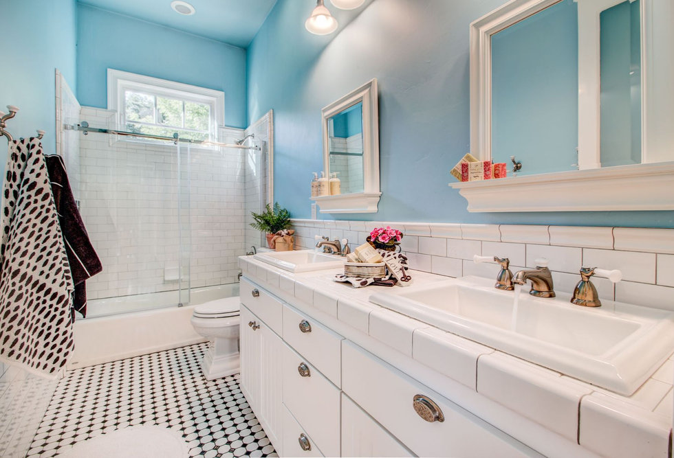 30 Bathroom.jpg