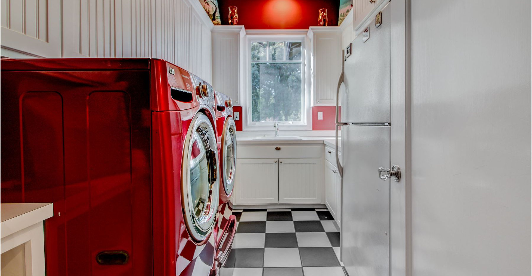 32 Laundry.jpg