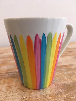 Tasses pintades a mà