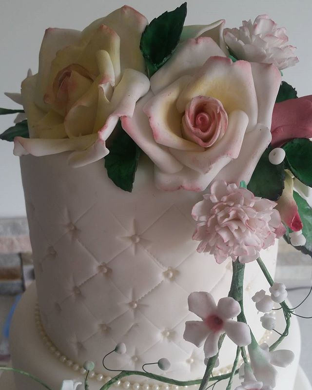 Close up of my hand made sugar flowers