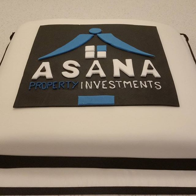 My corporate cake for Asana went in around 60 seconds many hungry people.jpg.jpg.jpg