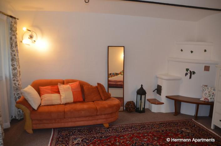 Apartment Hermine_Herrmann Apartments_Schlafzimmer2-Kamin_edited.jpg