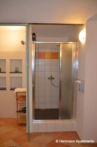 Apartment Hermine_Herrmann Apartments_Badezimmer_edited.jpg