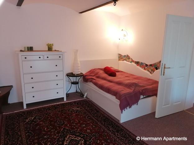 Apartment Hermine_Herrmann Apartments_Schlafzimmer2_edited.jpg