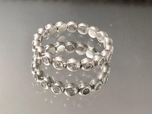 טבעת סאני משובצת
