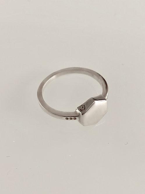 טבעת קיוב כסף