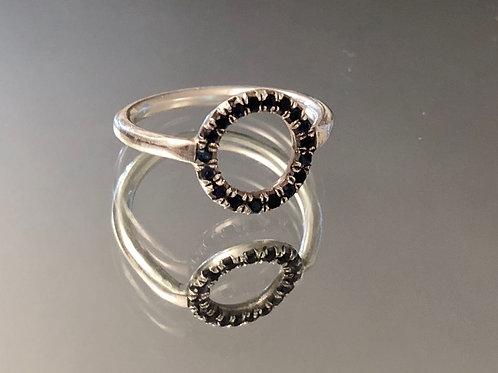 טבעת דניאל משובצת