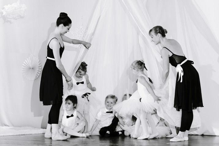 Family Dance (2-5 yo)
