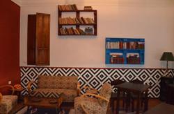 Hostel Tirana common room