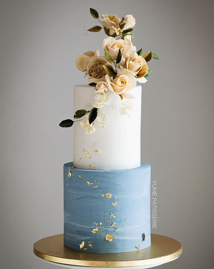 Edible Sugar Flower Marble Minimalistic Cake by Chef Amber Yume Patisserie