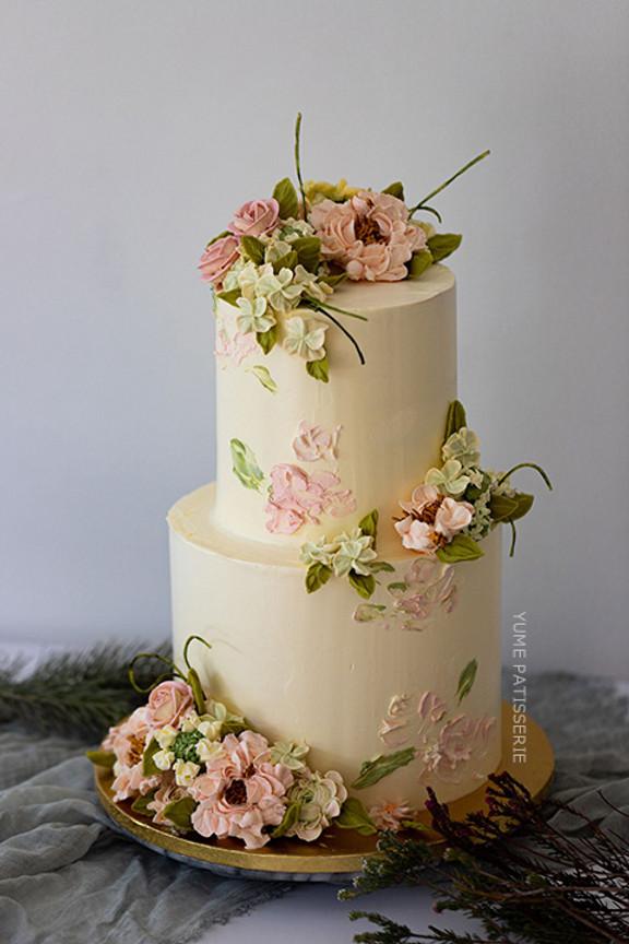 Buttercream Realistic Wedding Flowercake