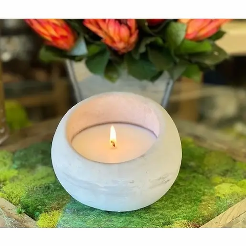 100% Soy Round Concrete Scented Hand Poured Candle