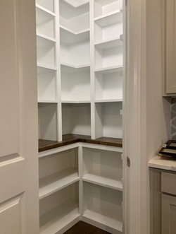 Space saving pantry