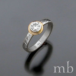 andrew engagement ring jan2020 mb.jpg