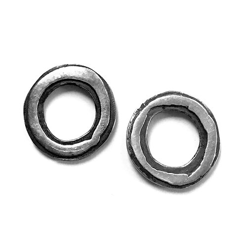 Petite Echo OX Post Earrings