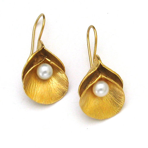 Double Calla Pearl Earrings