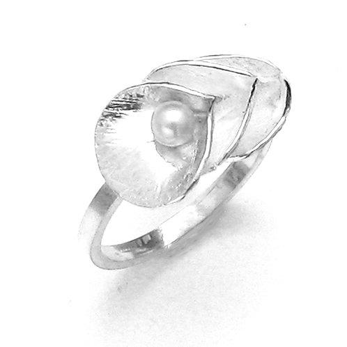 Triple Petite Calla Pearl Ring