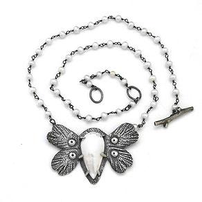 moth pearl love bug sept19.jpg