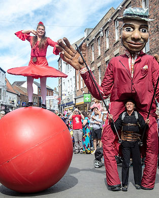 Compagnie With Balls at Bev Puppet Fest