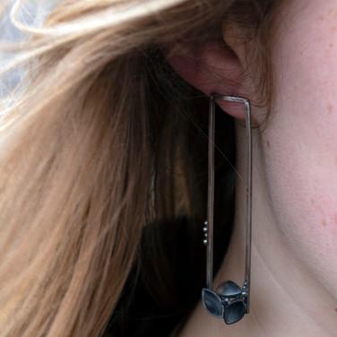 Razor & Barnacle drop earrings
