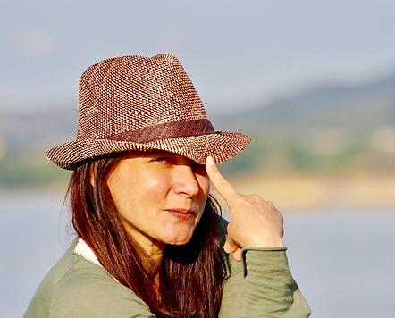 2020.05.24 Woman Hat.png