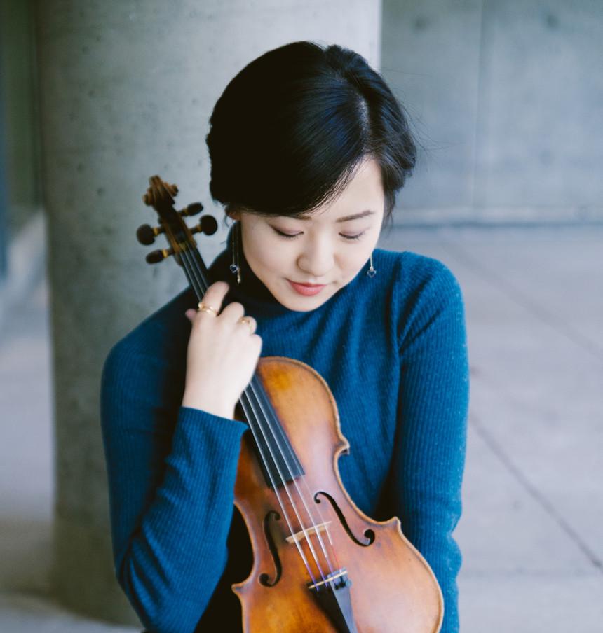 Anna Lee violinist photo by Katie Borrazzo taken 2018 at Harvard