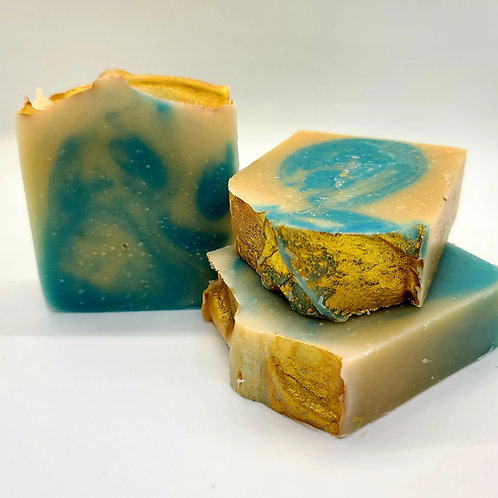 Goat Milk & Honeysuckle Soap