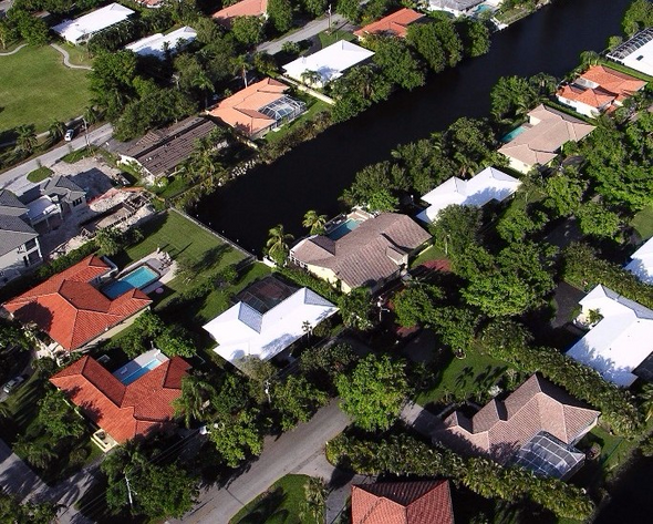 10 THINGS THAT MAKE A NEIGHBORHOOD TRULY GREAT